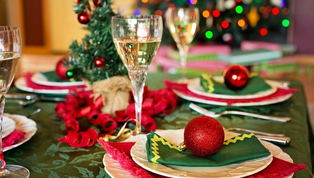 Comment ériger une belle table de Noël